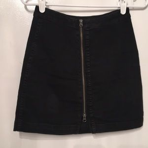 Free people black zip skirt size 4